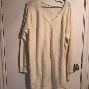 Maurice's long oversized sweater